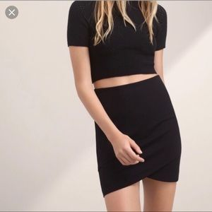 Aritzia Talula Primrose Mini Skirt Black